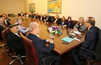 FADEF Yönetimi Vali Yavuz'u Ziyaret Etti