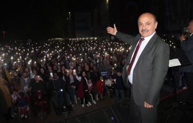 15 Temmuz Özgürlük Meydanında, 2. Ulusal Fatsa Hamsi Festivalini Gerçekleştirdik